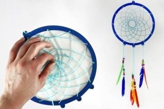 Fabriquer un attrape-rêves - Activités enfantines - 10doigts.fr