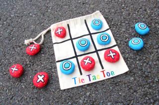 TIC TAC TOE - Jeu de voyage - Activités enfantines - 10doigts.fr