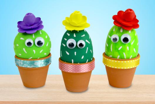 Cactus dans un pot en terre cuite - Activités enfantines - 10doigts.fr
