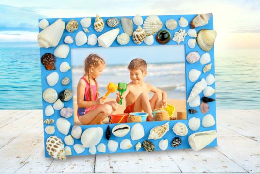 Cadre de vacances avec des coquillages - Activités enfantines - 10doigts.fr