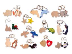Porte-clefs animaux assortis, en bois naturel