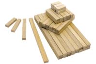 Bûchettes de construction en bois - Set de 200 - Bâtonnets, tiges, languettes - 10doigts.fr