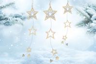 Suspension étoiles en bois ciselé - Noël - 10doigts.fr