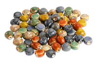 Perles mouchetées en céramique - 80 perles - Perles en céramique - 10doigts.fr