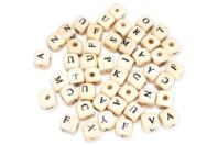 Perles lettres Bois -  80 pièces - Perles alphabet - 10doigts.fr
