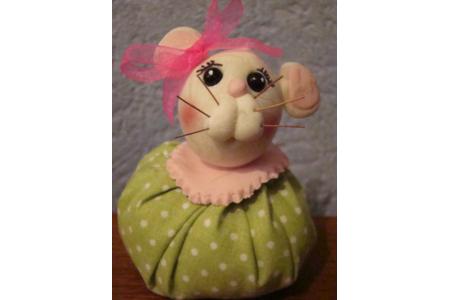 Petite souris en porcelaine froide à modeler - Modelage - 10doigts.fr