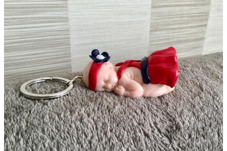 Porte Clé bébé fille robe rouge - Fimo, Cernit - 10doigts.fr