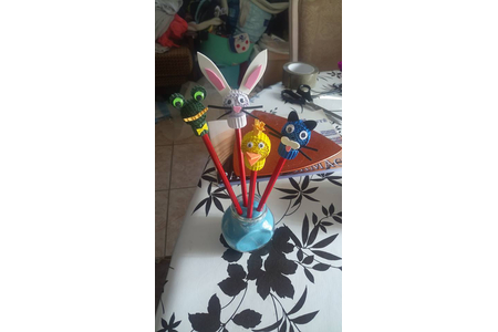 crayon rigolo - Créations d'enfant - 10doigts.fr