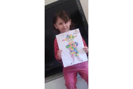Arlequin en papier mousse - Créations d'enfant - 10doigts.fr