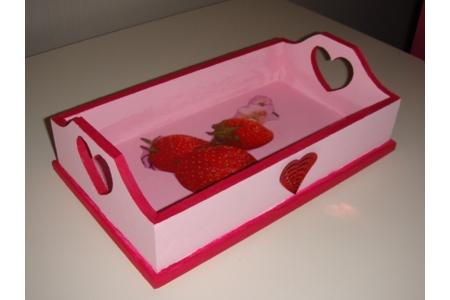plateau fraise - Vernis collage papiers, serviettes - 10doigts.fr