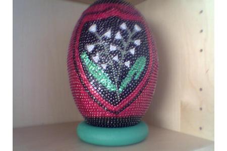 Ballon de rugby en polystyrene et paillettes - Déco du polystyrène - 10doigts.fr