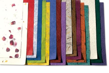 Feuilles de papiers naturels assortis - 18 feuilles - Papier artisanal naturel – 10doigts.fr