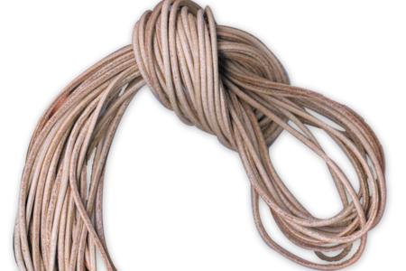 Lanières de 1 m en cuir brut - Lot de 10 - Cordons en cuir et suédine – 10doigts.fr