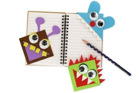 les petits monstres marque page activit s enfantines 10 doigts. Black Bedroom Furniture Sets. Home Design Ideas