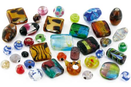 Perles artisanales bigarées en verre - set de 45 - Perles en verre – 10doigts.fr