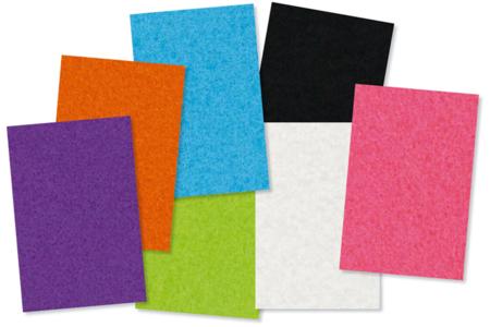 Feutrine adhésive, 7 couleurs assorties - 18 feuilles - Feutrine, feutre, toile de jute – 10doigts.fr