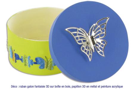 Galons autocollants découpes en relief  - 5 rouleaux - Rubans et ficelles – 10doigts.fr