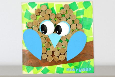 Tableau hibou avec du bois flotté et du papier de soie - Activités enfantines – 10doigts.fr
