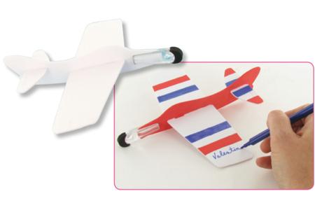 Avions à décorer et à faire planer - Activités enfantines – 10doigts.fr