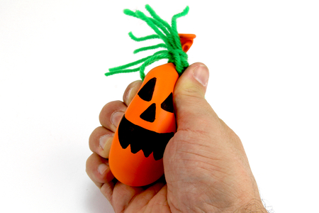 Monstres d'Halloween (balles anti-stress) - Halloween – 10doigts.fr