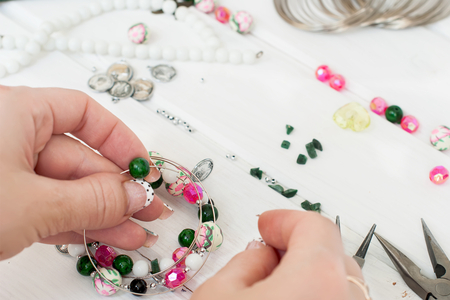 Fil mémoire de forme - bracelet ou collier - Bracelets – 10doigts.fr