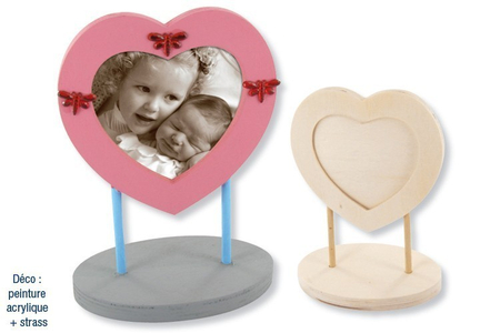 Cadre coeur décoré avec des strass - Cadres, tableaux – 10doigts.fr