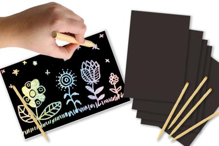 Carte à gratter noire fond argenté holographique + grattoir - Cartes à gratter – 10doigts.fr