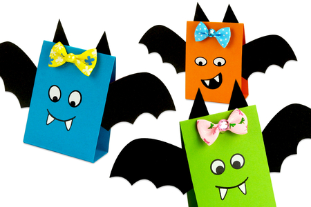 chauve souris papier bricolage facile enfants halloween - Tête à Modeler
