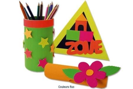 Rouleaux de cartons ondulés  50 x 70 cm, couleurs vives - DESTOCKAGE – 10doigts.fr