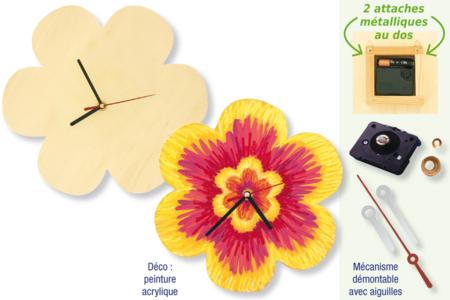 Horloge fleur en bois avec mécanisme à quartz - Horloges – 10doigts.fr