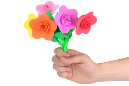 Fleurs en caoutchouc mousse - Kit pour 6 fleurs - Objets pratiques du quotidien – 10doigts.fr