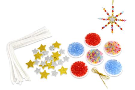 Kit fabrication suspensions Noël en perles - 12 flocons - Décoration du sapin – 10doigts.fr