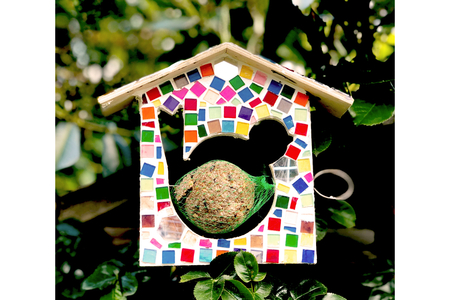 Mangeoire en bois pour oiseaux, à suspendre - Nichoirs – 10doigts.fr