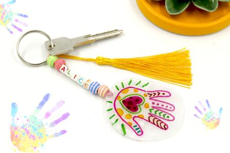 Porte-clés empreinte en plastique magique - Fête des Mères – 10doigts.fr