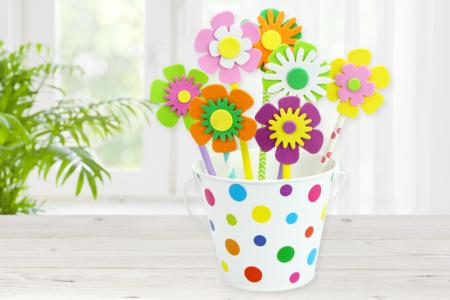 Pot de fleurs plein de couleurs - Activités enfantines – 10doigts.fr