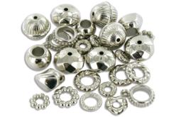 Mix de perles et de charm's en plastique métallisé argenté - Perles intercalaires & charm's – 10doigts.fr