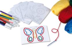 Set de 7 cartes à broder et à colorier, motifs assortis - Supports à broder – 10doigts.fr