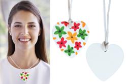 Colliers cœur à décorer - Kit pour 6 colliers - Colliers et chaines – 10doigts.fr