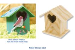 Nichoir à oiseaux à poser, en bois avec découpe coeur