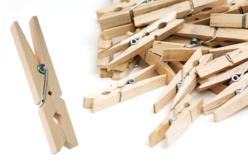 Pinces à linge en bois - Pinces à linge en bois brut – 10doigts.fr
