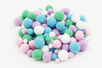 Pompons, couleurs pastels - 120 pièces - Pompons - 10doigts.fr